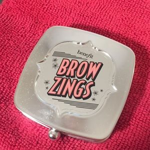 Brow Zings shade no. 4 from Benefit